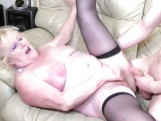Oldnanny Matures Wifey Lacey Starr Cheating On Spouse With Girl-on-girl Liz Rainbow