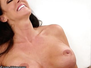 Mommysgirl Daughter-in-law Caught Masturbating Two Step-mom's Diary!