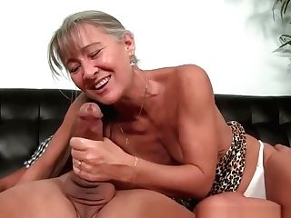 Glam Chesty Cougar Jerking Off Hard Rod