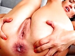 Naked Wifey Attempts Assfucking And Internal Cumshot