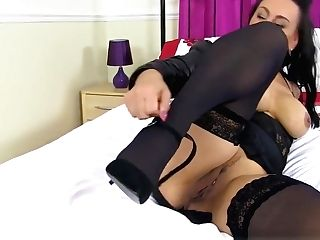English Cougar Eva May Fuck Sticks Her Shaven Fanny