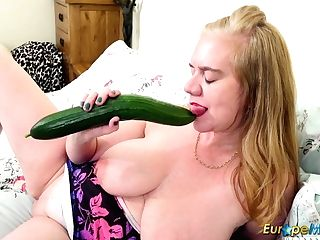 Europemature Big Plaything In Snatch From Lily May