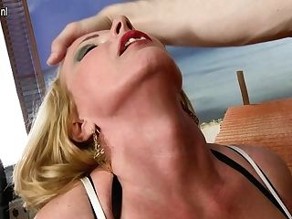 Hot Big Titted Cougar Fucking And Sucking Point Of View Style - Maturenl