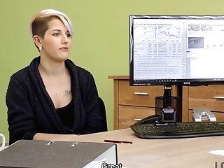 Loan4k. Loan Agent Offers Beautiful Customer Credit For Hard Pound