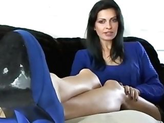 Cougar Footfetish