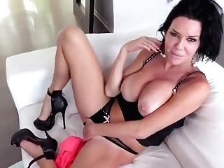 Threesome Pornography Vid Featuring Veronica Avluv And Noelle Easton