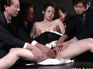 Sayuri Shiraishi In Widow Sayuri Shiraishi On The Floor Getting Her Slit Taunted By Numerous Studs - Avidolz