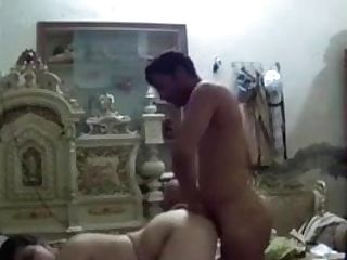 Indian Stud Fucking Indian Bitch In Rear End Style Part 1-1