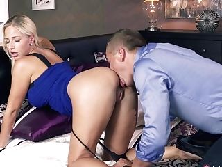Amazing Superstars Steve, Nathaly Cherie In Exotic Blonde, Romantic Hook-up Scene